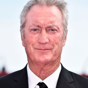 Bryan Brown Net Worth