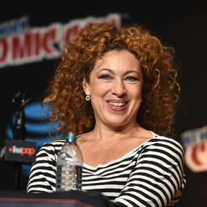 Alex Kingston Net Worth