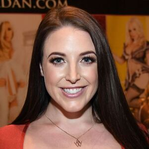 Angela White Net Worth