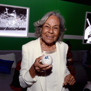 Rachel Robinson Net Worth