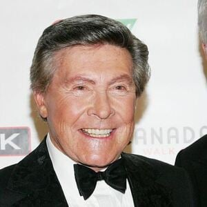 Johnny Gilbert Net Worth