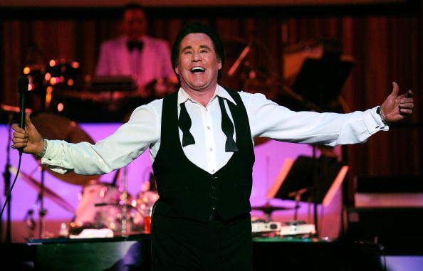 wayne newton net worth