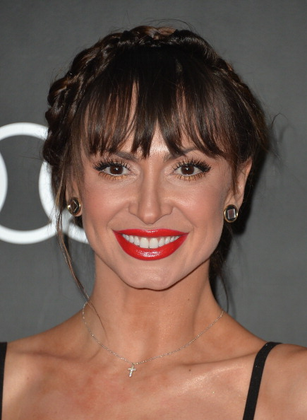 """karina smirnoff dating arie Prior to sydney, arie dated 32-year-old reporter jenna jones throughout 2015  who recently claimed that arie's """"a dude who  karina smirnoff."""