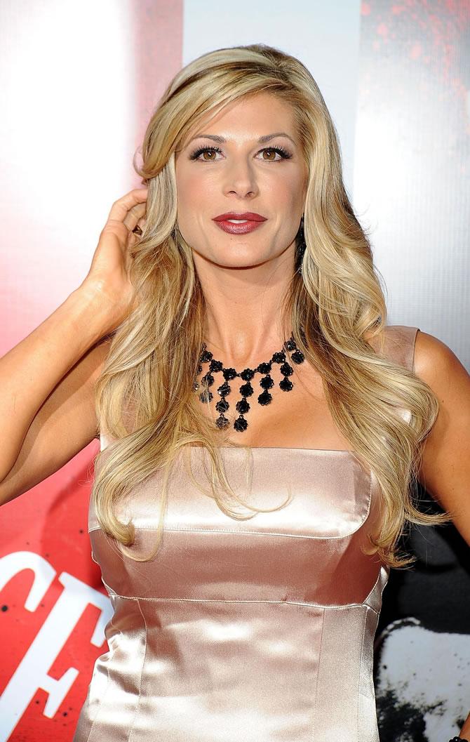 Alexis Bellino gold dress