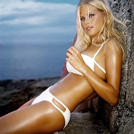 How much is Tiger Woods' ex-wife Elin Nordegren worth?
