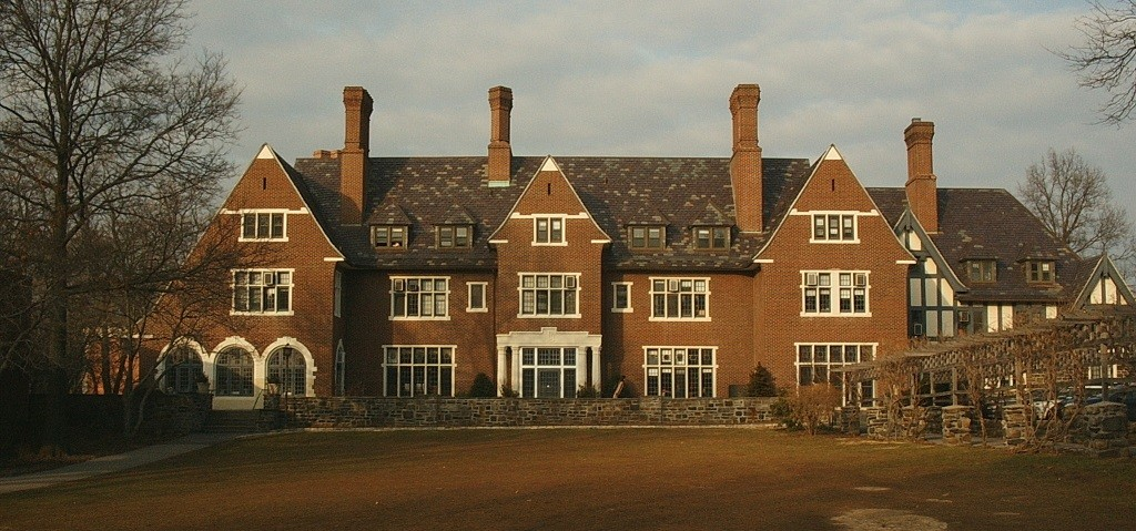 Sarah Lawrence is the United States most expensive college