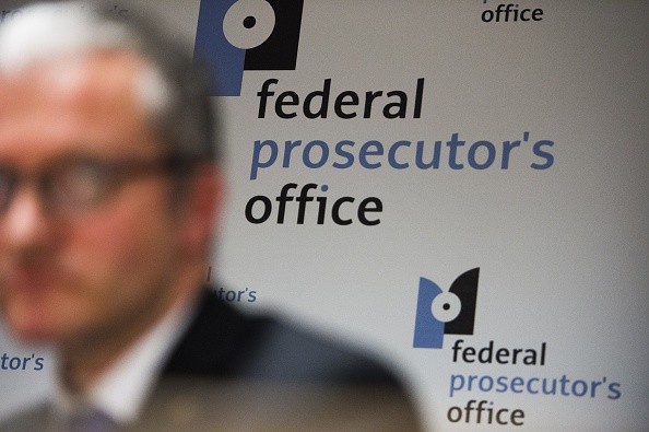 How much does a prosecutor make?