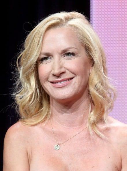 Angela Kinsey Net Worth  Celebrity Net Worth-3044