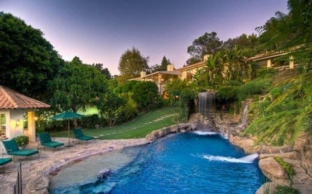 Lagoon behind Mark Wahlberg's Beverly HIlls Estate