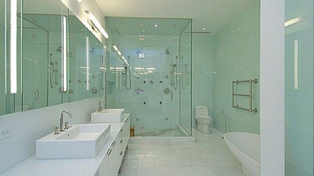 Will Smith's bathroom in his NYC rental condo while filming Men in Black 3