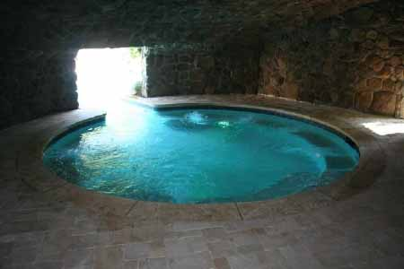 Playboy-style grotto hot tub at 50 Cent's home in Farmington, Connecticut.