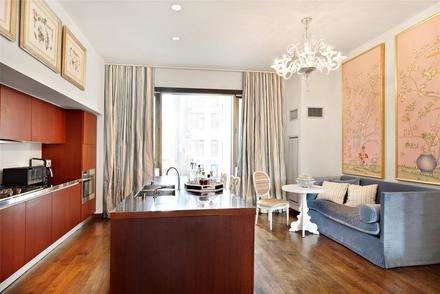 Jennifer Aniston's kitchen in her new Gramercy Park apartment in Manhattan, New York City