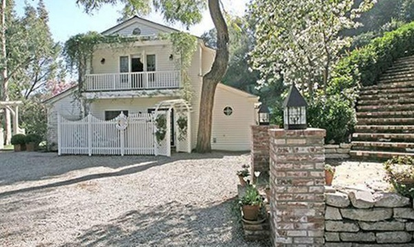 Taylor Swift S House Nothing Says Multiple Grammys Like A 3 97 Million Mansion Celebrity Net