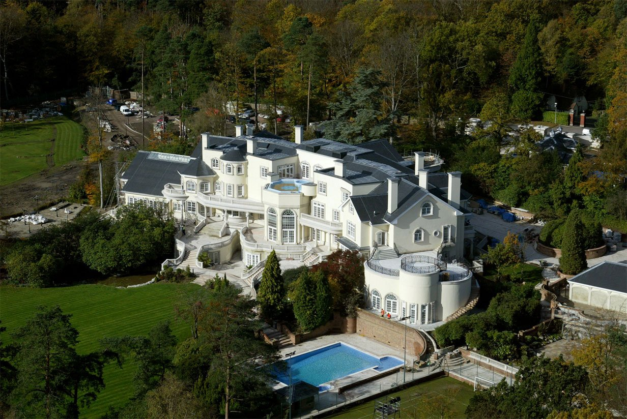 biggest house in the world 2015 the 12 most expensive homes in the world celebrity