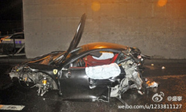 Ferrari Crash in China