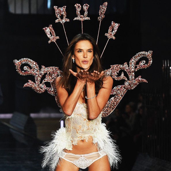 Victoria's Secret Angel Alessandra Ambrosio