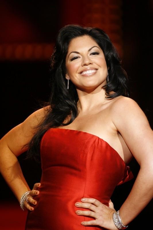 Sara Ramirez Body