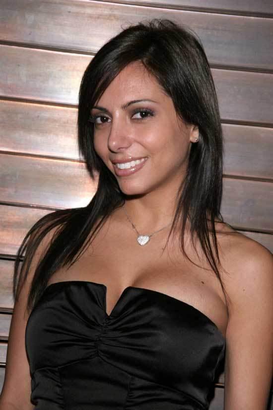 Lela Star cleavage