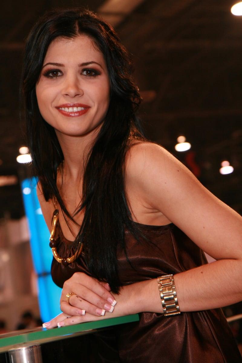 Rebeca Linares photos