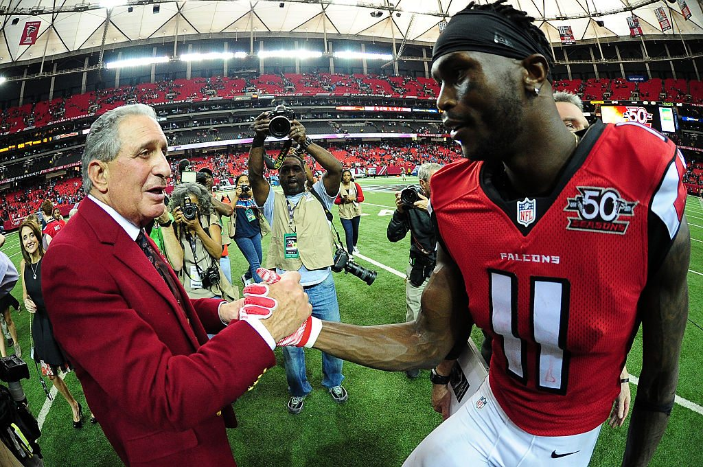 how home depot turned arthur blank into a billionaire nfl. Black Bedroom Furniture Sets. Home Design Ideas