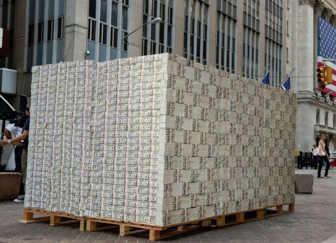 What does one million dollars in hundreds look like
