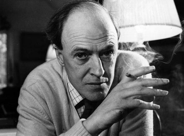 Roald Dahl Net Worth   Gadget Clock – Celebrity Net Worth