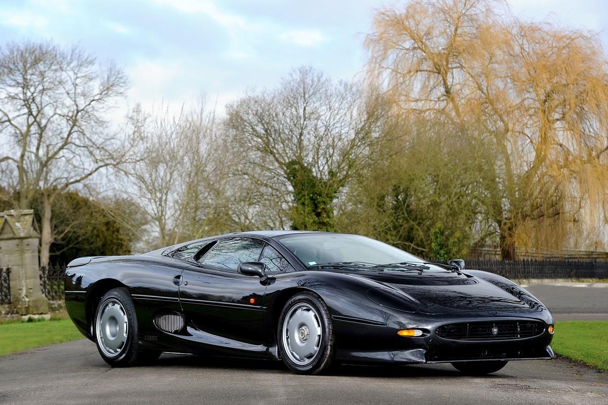 Jaguar XJ2202