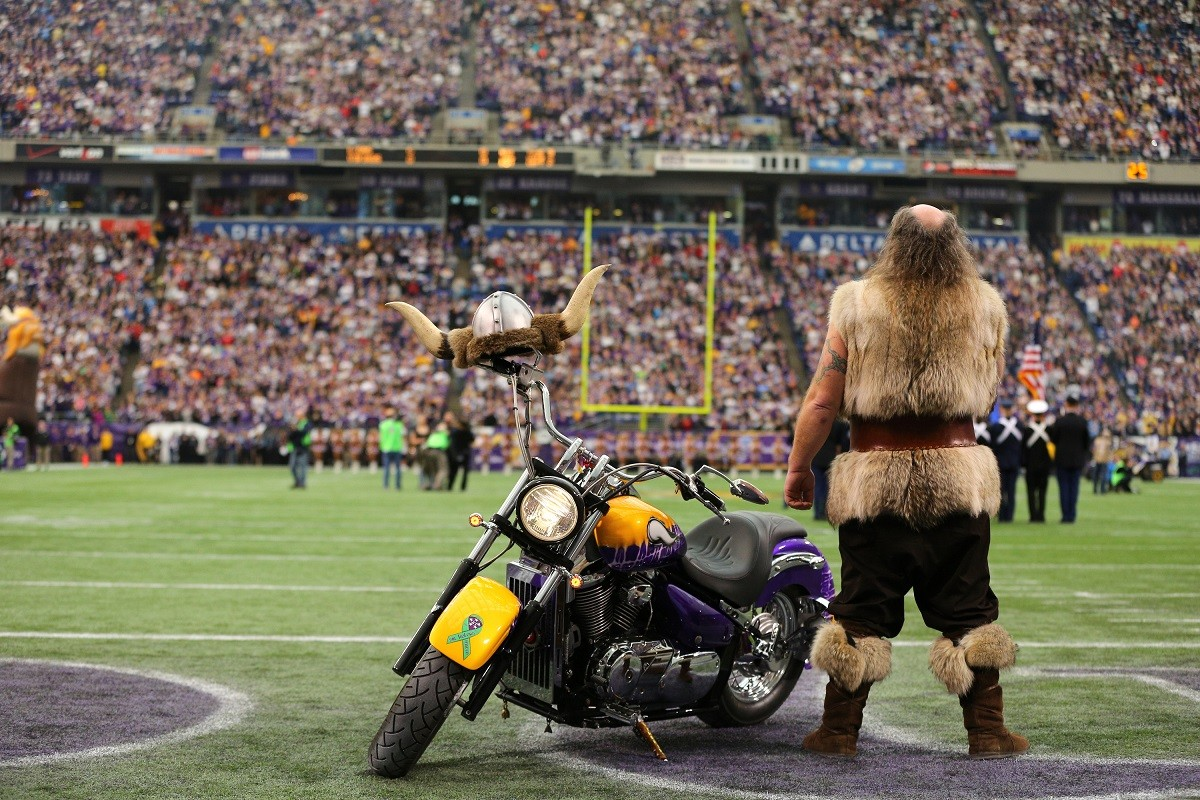 MINNEAPOLIS, MN - DECEMBER 29: Minnesota Vikings mascot Ragnar stands during the national anthem against the Detroit Lions on December 29, 2013 at Mall of America Field at the Hubert H. Humphrey Metrodome in Minneapolis, Minnesota. (Photo by Adam Bettcher/Getty Images)