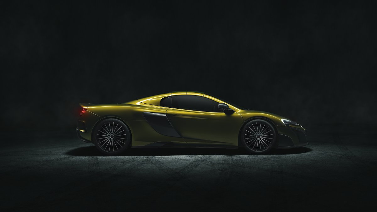 mclaren-have-worked-hard-to-optimize-the-675lt-spiders-aerodynamics-both-with-the-top-up-as-well-as-