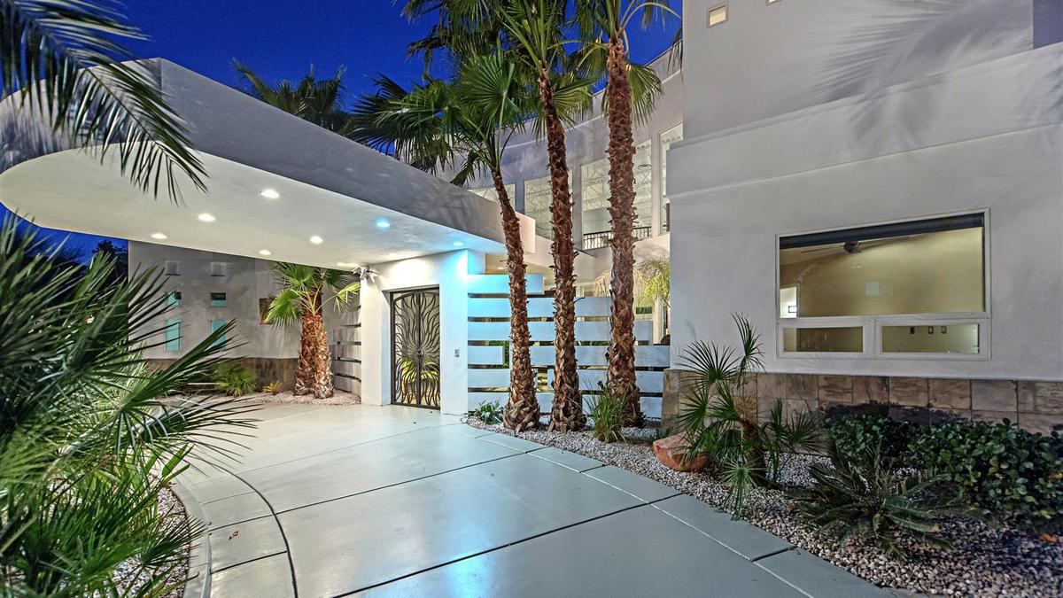 la-fi-hotprop-mike-tyson-house-20160223-photos-029