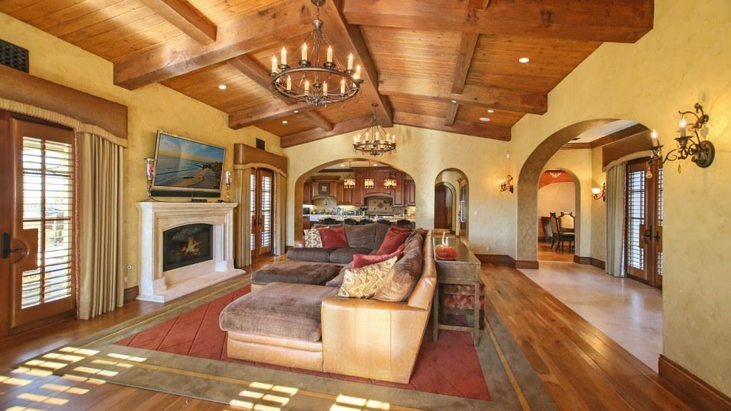 Angels Slugger Albert Pujols Selling Irvine House For 7