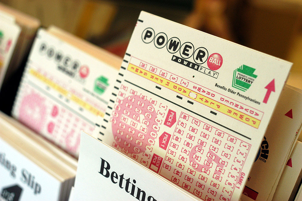 Chicopee Police warning of scams tied to Powerball victor