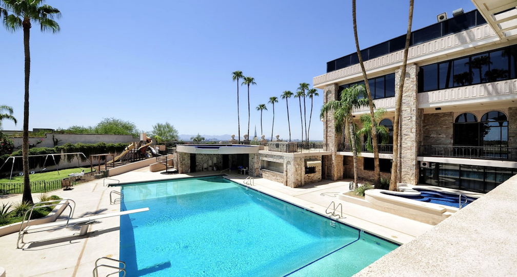 the 10 largest homes for sale in the u s right now