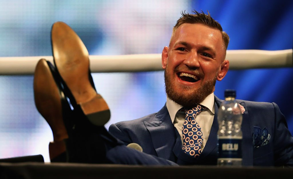 Conor McGregor slaps commissioner after confrontation with referee