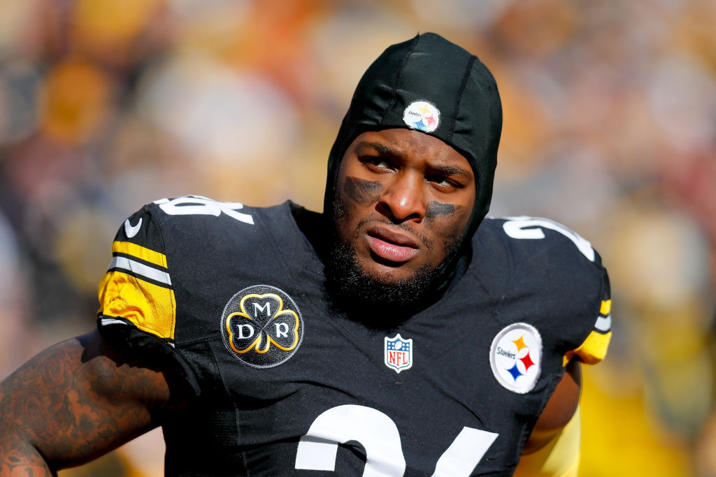 Le'Veon Bell Weighs In On Twitter After Steelers' Tie With Browns