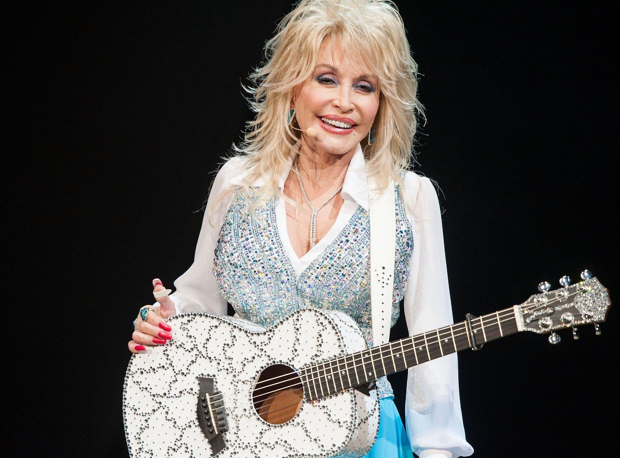 Dolly Parton - Richest Singers